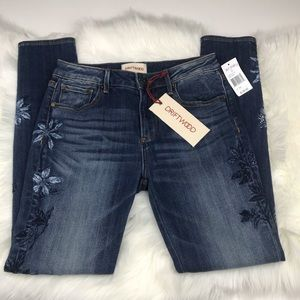 Driftwood Embroidered Jackie Skinny Jeans sz 26